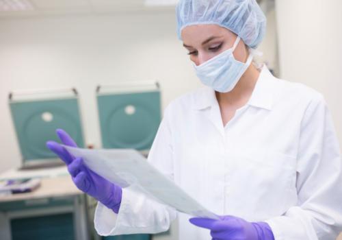 Vstupní kontrola pupečníkové krve, kontrola ID a potřebné dokumentace